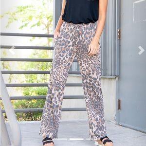 Agnes & Dora Pants & Jumpsuits - Sunrise Pant - Leopard Print